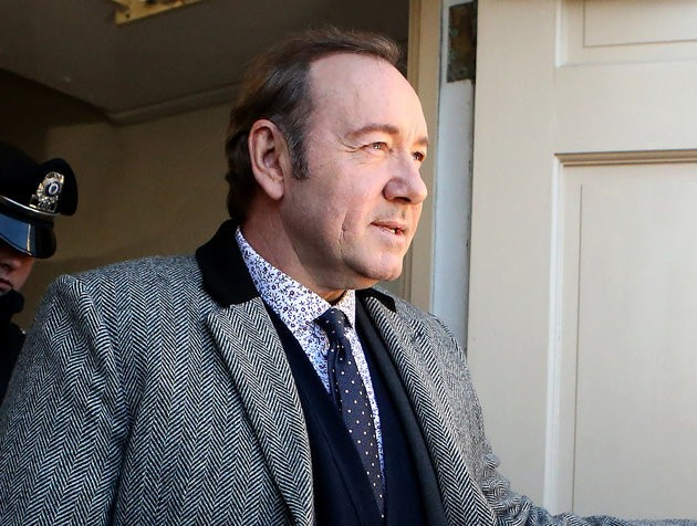 V&A Museum Defends Keeping Kevin Spacey's Portrait In Upcoming Exhibit