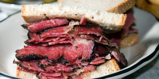 The Difference Between Corned Beef And Pastrami