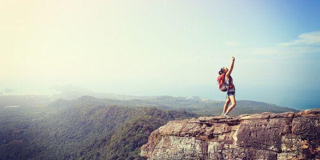 Solo Travel: 10 Ways To Feel Comfortable Feeling Uncomfortable   HuffPost Life
