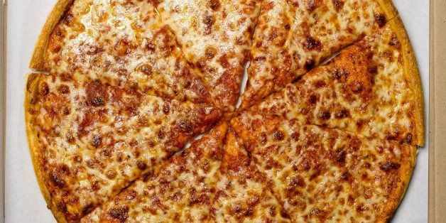 The Top 10 Most Popular Pizza Toppings (INFOGRAPHIC) | HuffPost Life