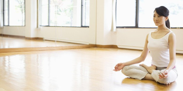Distracted When You Meditate? Here's Why You Should Do a Happy Dance   HuffPost Life