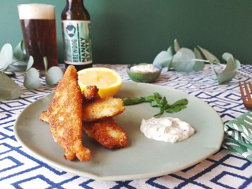 Fresh And Crispy Fish Fingers With A Creamy Tartare Sauce