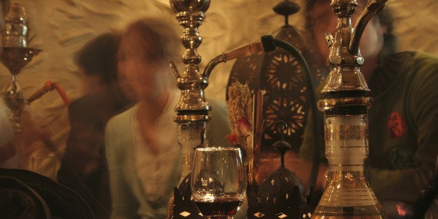 The Dangers Of Just One Evening Of Hookah Smoking | HuffPost Life