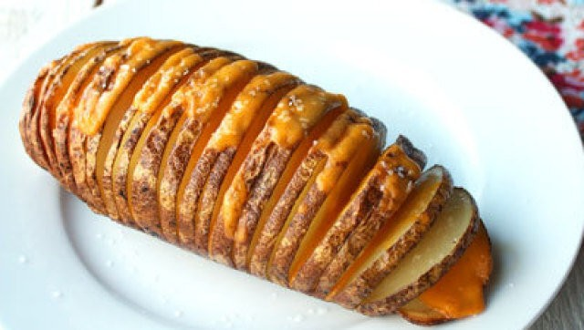 Hasselback Potatoes: We Love These Accordion-Sliced Spuds (PHOTOS) | HuffPost Life
