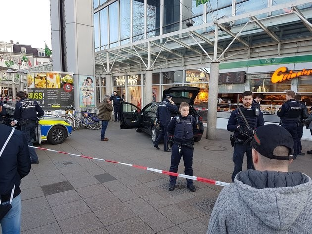 Germany Attack: Three Injured As Car Ploughs Into Pedestrian Area In Heidelberg