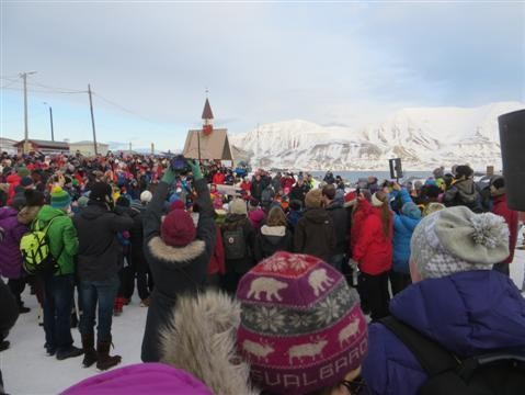 The Far North, Part 1 -- The Glaciers of Svalbard: Going Arctic on the Looney Front