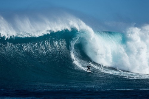 Surf Photographer Doug Falter Takes On Massive Waves To Capture Mother Nature's Fury
