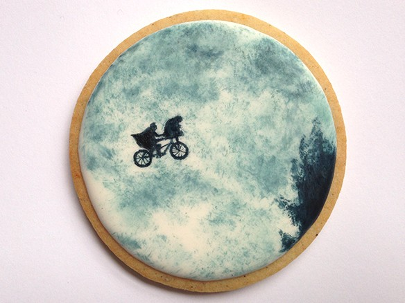This Beautiful ET Cookie Blurs The Line Between Baker And Artist