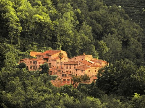 These Old Italian Villages Were Transformed Into Dozens Of Hotels | HuffPost Life
