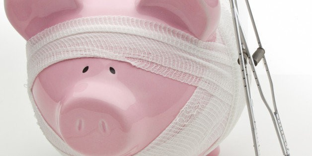 5 Signs You're in Financial Trouble | HuffPost Life