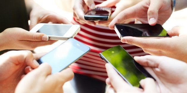 19 Signs You Need To Unplug From Your Smartphone | HuffPost Life