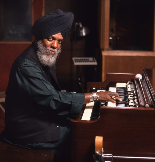 NEA Jazz Master for 2017 Organist Dr. Lonnie Smith Keeps On Keepin' On