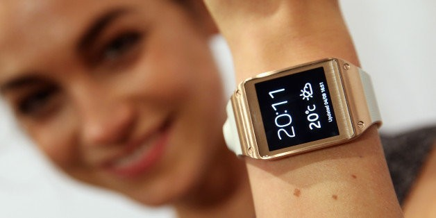 5 Smartwatches To Wear If You Don't Have An Apple Watch | HuffPost Life