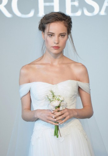 6 Trends That Dominated The Spring 2015 Bridal Runways