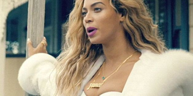 Only Beyonce Could Rush-Order A Custom $1,325 Necklace | HuffPost Life