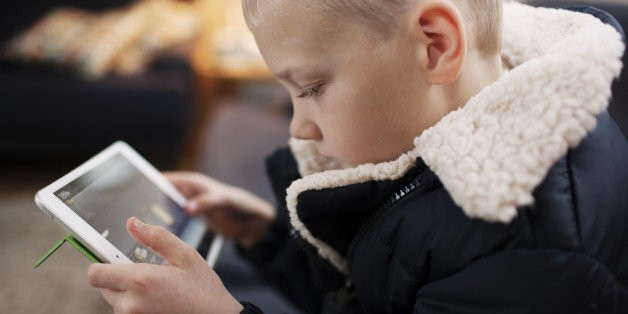Can We Stop Judging Each Other When Our Tots Play With Tablets? | HuffPost Life