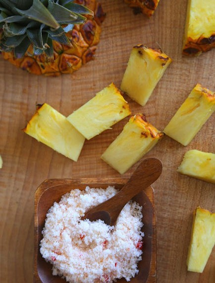 Why You Should Be Salting Your Pineapple... And Most Of Your Fruit