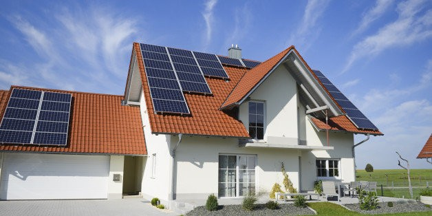 Solar Power Is Finally Getting Closer To Battery Storage Technology