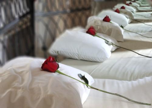 10 Great Honeymoon Pillow Poems