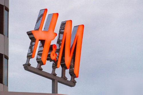 Before Buying More Clothes At H&M, Read This