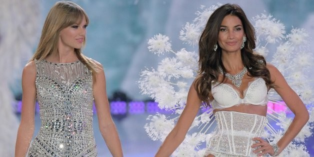 Victoria's Secret Fashion Show 2013 Stars Taylor Swift Giving The Angels Competition (PHOTOS) | HuffPost Life