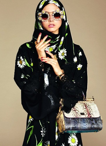 Dolce & Gabbana Launched A Line Of Hijabs And Abayas, But Something's Off