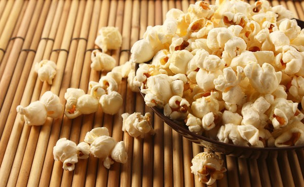 15 Smart Snacks To Manage Your Carbs