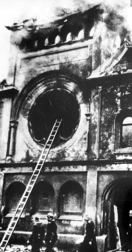 Kristallnacht Photos Recall Horror Night Of November 9, 1938