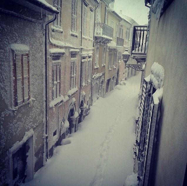 Italian Village Gets 8 Feet Of Snow In 24 Hours, May Break Global Record