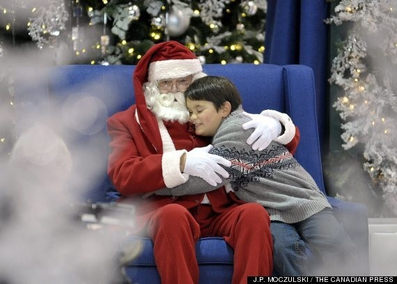 Malls Now Offer 'Quiet' Santa Visits For Kids With Autism (PHOTO)