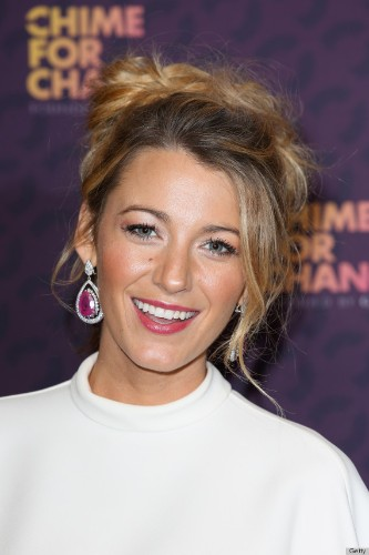 Blake Lively's Gucci Dress: The Right Way To Wear White (PHOTOS)
