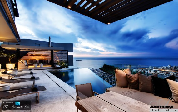 Cape Town Residence Designed by SAOTA Is A Breathtaking Vision (PHOTOS)