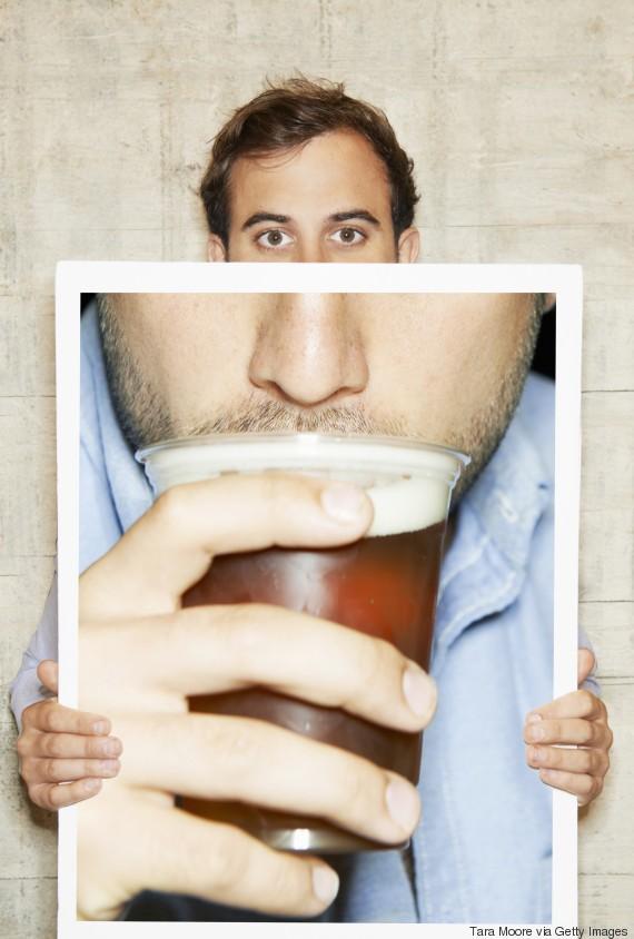 Não é a maconha! Álcool é a 'porta de entrada' das drogas, aponta pesquisa