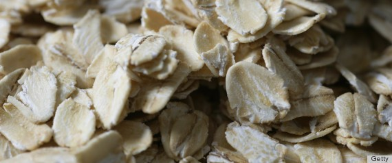 Oatmeal Beauty Benefits: 5 Amazing Uses Besides A Hot And Hearty Meal