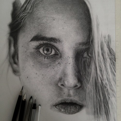 Hyperrealist Drawings To Make You Drool All Over Your Keyboard