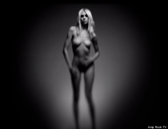 Taylor Momsen Naked In New Video For The Pretty Reckless (PHOTOS, VIDEO)