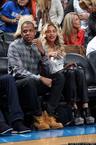 Beyonce Shows Off New Platinum Blond Hair At NBA Game