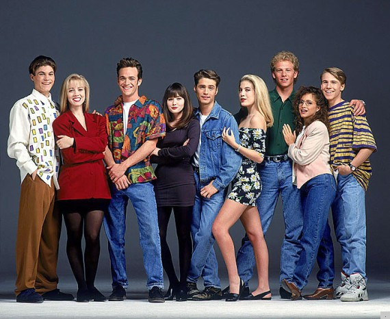 'Beverly Hills 90210' Style Lessons Courtesy Of Donna, Dylan And The Rest Of The Gang (PHOTOS)