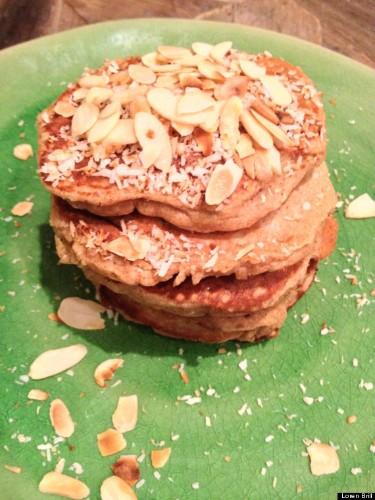 Smart Banana Bread Pancakes