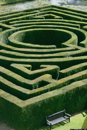 14 Of The Most Epic, Confusing, And Beautiful Mazes On Earth