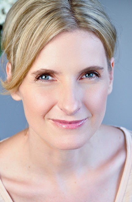 Elizabeth Gilbert, 'Eat, Pray, Love' Author, On What It Takes To Get Inspired (PHOTOS)