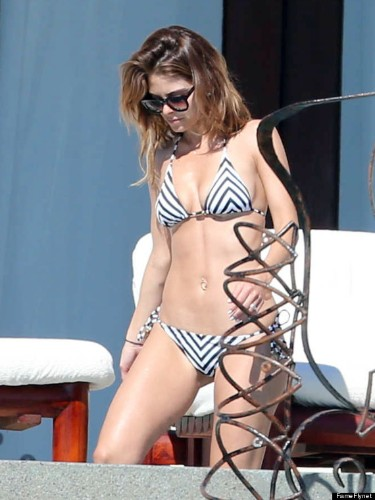 Maria Menounos Sports A Bikini In Mexico, And Looks Really Good Doing It