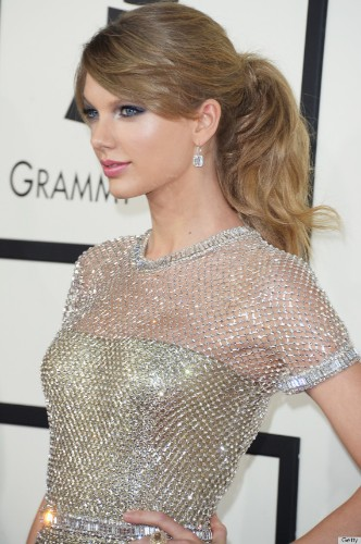 Taylor Swift's Grammy Dress 2014 Is 'Like A Suit Of Armor' (PHOTOS)