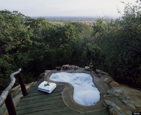 9 Outdoor Hotel Tubs You Need To Soak In