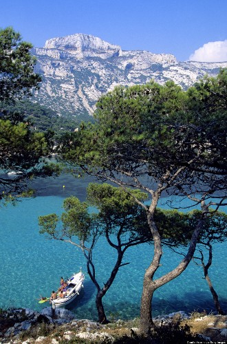 27 Of The Best Places In The World To Swim