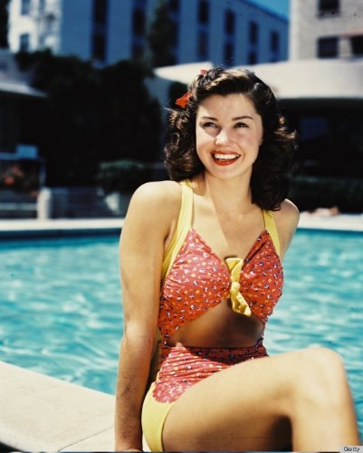 Esther Williams' Swimwear Look Made History -- And Heads Turn (PHOTO)
