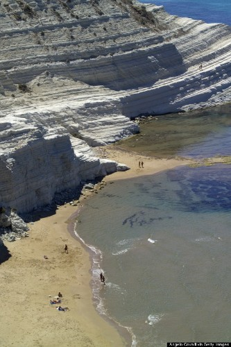 The Insanely Pretty Cliffs Of Scala Dei Turchi Are Yet Another Reason To Visit Italy