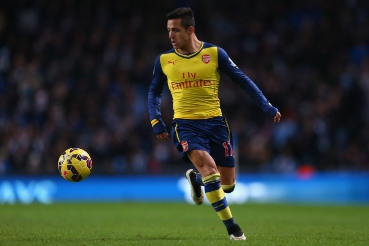 Arsenal: Alexis Sanchez can become 'best player in the world' says QPR defender Mauricio Isla