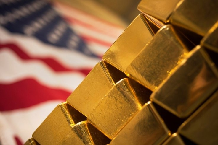 Gold set to drop further amid US dollar strength ahead of Fed FOMC meeting