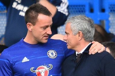 Chelsea captain John Terry tipped to join Manchester United